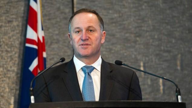 رئيس وزراء نيوزيلندا جون كي خلال مؤتمر صحفي في اوكلاند، 2 سبتمبر 2014 (AFP/DAVID ROWLAND)