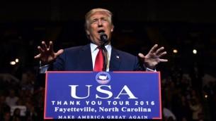 الرئيس الاميركي المنتخب دونالد ترامب خلال تجمع في فاييتفيل في كارولاينا الشمالية، 7 ديسمبر 2016 (TIMOTHY A. CLARY / AFP)