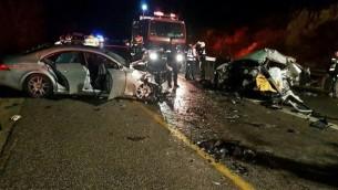 موقع حادث الطرق المروع الذي وقع في الجليل السفلي، 4 ديسمبر، 2016. (Magen David Adom)