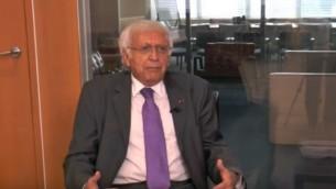 صورة شاشة  لمقابلة مع سفير الاكوادور للامم المتحدة هوراتسيو سيفيلا بورخا، 2 سبتمبر 2016 (screen capture: YouTube)