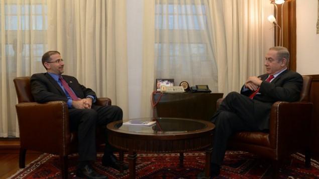 رئيس الوزراء بينيامين نتنياهو يلتقي بالسفير الأمريكي المنتهية ولايته لدى إسرائيل في القدس، 19 يناير، 2017. (Haim Zach/GPO)
