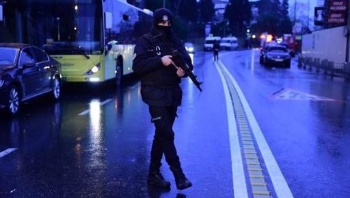 القوات الخاصة التركية في موقع هجوم ليلة راس السنة الجديدة 1 يناير 2017 في اسطنبول، تركيا AFP PHOTO / YASIN AKGUL