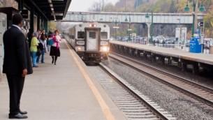 قطار 'مترو نورث' في مدينة نيويورك. (photo credit: CC BY-2.0, PhilipC, Flickr)