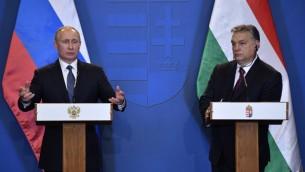 الرئيس الروسي فلاديمير بوتين خلال مؤتمر صحفي مع رئيس وزراء المجر فيكتور اوربان في بودابست، 2 فبراير 2017 (ALEXANDER NEMENOV / AFP)