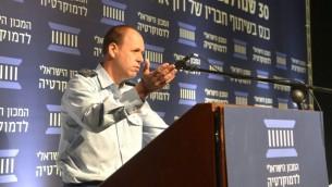 الجنرال حاغاي توبولانسكي، قائد مديرية القوى العاملة في الجيش الإسرائيلي، 29 نوفمبر 2016 (Courtesy Israeli Democracy Institute)