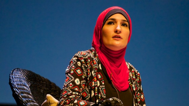 ليندا صرصور، الناشطة في حركة المقاطعة، سحب الاستثمارات وفرض العقوبات ضد اسرائيل، 19 مايو 2016 (CC BY Festival of Faiths, Flickr)
