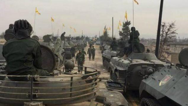 تنظيم حزب الله يعرض معداته العسكرية في القصير، سوريا، نوفمبر 2016 (Twitter)