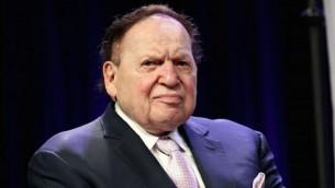شيلدون أديلسون خلال مشاركته في حفل جوائز أبطال القيم اليهودية الدولي الرابع في فندق 'ماريوت ماركيز تايمز سكوير' في 5 مايو، 2016، في مدينة نيويورك. (Steve Mack/Getty Images via JTA)
