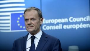 رئيس مجلس الاتحاد الاوروبي دونالد توسك يعقد مؤتمر صحفي خلال قمة الاتحاد في بروكسل، 9 مارس 2017 (THIERRY CHARLIER / AFP)