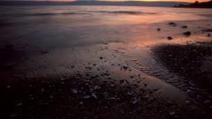 غروب الشمس في بحيرة طبريا (Doron Horowitz/Flash 90)