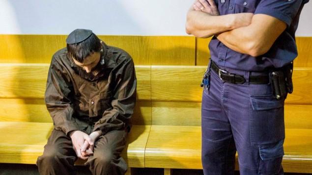 مئير إفرايم غولدشتين، المشتبه بقيامه بقطع رأس طليقته وحرق جثتها في مدينة طبريا، يمثُل أمام محكمة الصلح في الناصرة، 30 مارس، 2017. (Flash90)