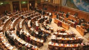 المجلس الوطني، مجلس النواب في البرلمان السويسري. (Attribution: https://www.parlament.ch/, Wikimedia Commons)