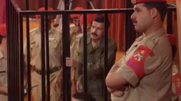 أحمد الدقامسة خلال محاكمته في الأردن في عام 1997. (YouTube screenshot)