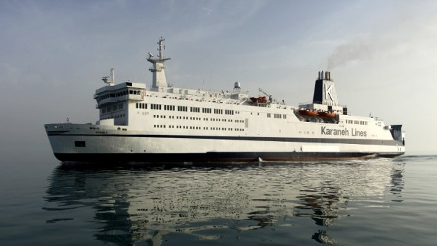 """سفينة """"ساني"""" المصنوعة في السويد، أول سفينة سياحية ايرانية منذ اندلاع الثورة الإسلامية عام 1979، 13 ابريل 2017 (AMIR HOUSEIN KHORGOI / ISNA / AFP)"""