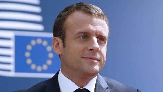 الرئيس الفرنسي ايمانويل ماكرون يصل قمة الاتحاد الاوروبي في بروكسل، 22 يونيو 2017 (JULIEN WARNAND / POOL / AFP)