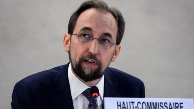 مفوض الأمم المتحدة السامي لحقوق الإنسان زيد رعد الحسين خلال خطاب ألقاه في افتتاح الدورة ال27 لمجلس حقوق الإنسان في 8 سبتمبر، 2014 في جنيف. (AFP/Fabrice Coffrini)