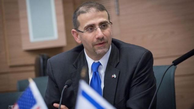 سفير الولايات المتحدة لدى إسرائيل دان شابيرو في الكنيست، 17 يناير 2017 (Miriam Alster/Flash90)