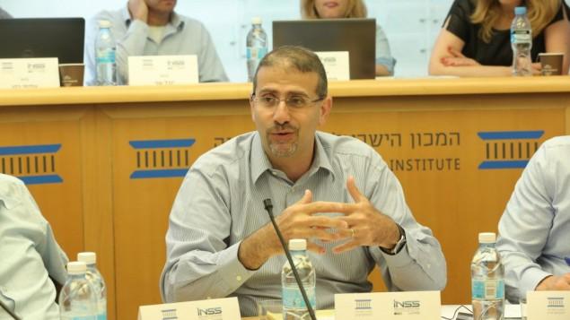 دان شابيرو خلال مؤتمر لمعهد الديمقراطية الإسرائيلي، 4 يونيو 2017 (Oded Antman)