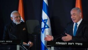 رئيس الوزراء بنيامين نتنياهو يلتقي بنظيره الهندي ناريندا مودي في القدس، 5 يوليو 2017 (Hadas Parush/Fash90)
