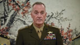 الجنرال جو دنفورد، رئيس أركان الجيوش الاميركية، خلال زيار الى بكين، 18 اغسطس 2017 (WANG ZHAO / POOL / AFP)