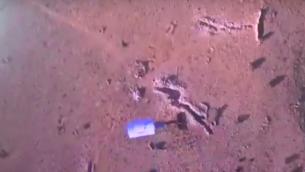تصوير من فيديو يفترض انه يظهر قصف على الحدود اللبنانية السورية من طائرة بدون طيار تابعة لتنظيم حزب الله (Screen capture: YouTube)