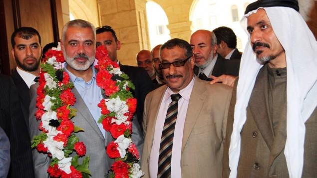 اسماعيل هنية يلتقي مع مسؤولين مصريين (Ahmed Shaat/Flash90)