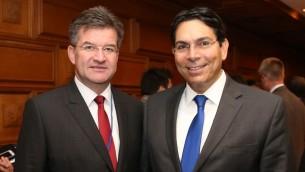 رئيس الجمعية العامة للامم المتحدة ميروسلاف لايتشاك مع نائب رئيس الجمعية العامة للامم المتحدة داني دانون، السفير الإسرائيلي الى المنظمة الدولية (Foreign Ministry)