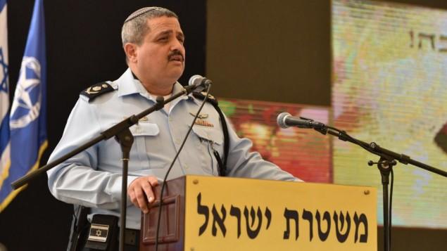 مفوض الشرطة روني الشيخ يتحدث خلال احتفال بعيد رأس السنة اليهودية في مقر الشرطة في القدس، 18 سبتمبر 2017 (Israel Police)