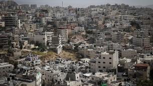 صورة لحي سلوان في القدس الشرقية، 27 مايو، 2015. (Nati Shohat/Flash90)