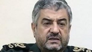 قائد الحرس الثوري الإيراني الجنرال محمد علي جعفري، 9 أكتوبر، 2013. (CC BY 4.0 Tasnim News/Wikipedia)