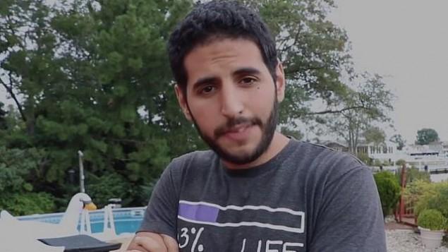 نجم فيسبوك العربي الإسرائيلي نصير ياسين في فيديو ناس ديلي الذي يهاجهم فيه الكويت لمقاطعة لإسرائيل في 1 أكتوبر 2017. (Screen capture: Facebook)