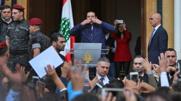 رئيس الوزراء اللبناني سعد الحريري عند وصوله منزله في بيروت، 22 نوفمبر 2017 (STR / AFP)