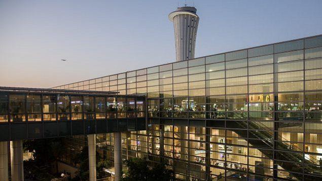 المدخل الرئيسي لمطار بن غوريون الدولي، 2 اكتوبر 2017 (Nati Shohat/Flash90)