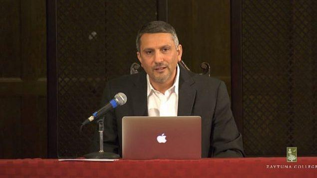 لقطة شاشة من مقطع فيديو للمحاضر حاتم بازيان من قسم الدراسات الأمريكية الآسيوية والشتات الآسيوي في جامعة كاليفورنيا في بيركلي. (YouTube)