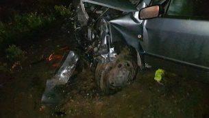 إحدى المركبتين المتورطتين في حادث طرق على الطريق رقم 557، بالقرب من مستوطنة شفي شومرون في شمال الضفة الغربية، 23 يناير، 2018. (Courtesy, Samaria Regional Council)