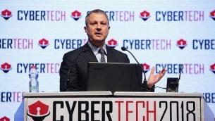 مقاول أعمال التكنولوجيا عالية وعضو الكنيست السابق إريل مرغليت يتحدث في مؤتمر سايبرتك عام 2018 في تل أبيب؛ 31 يناير 2018.  (Dror Sithakol Photography)