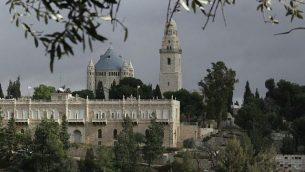 كنيسة رُقاد السيّدة العذراء على جبل صهيون في القدس. (Anna Kaplan/Flash90)