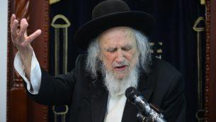 الحاخام شموئيل اورباخ في بيت شيمش، 2 يونيو 2016 (Yaakov Lederman/Flash90)