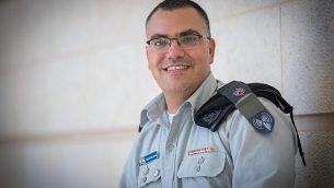 الناطق باسم الجيش الإسرائيلي باللغة العربية، أفيحاي أدرعي في وزارة الخارجية في القدس، 6 سبتمبر، 2017. (Yonatan Sindel/Flash90)