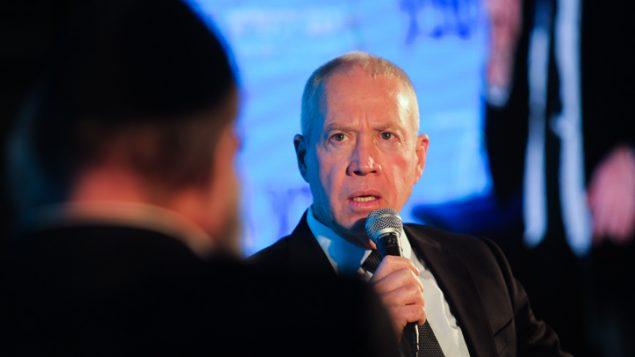 وزير الاسكان يؤاف غالانت في القدس، 12 فبراير 2018 (Hadas Parush/Flash90)