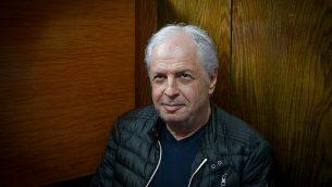 وصول شاؤول إلوفيتش لتمديد فترة حبسه في قضية 4000 في محكمة الصلح في تل أبيب، 22 فبراير 2018. (Flash90)