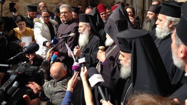 البطريرك الروم الأرثوذوكس ثيوفيلوس الثالث يعلن عن اغلاق كنيسة القيامة احتجاجا على سياسات اسرائيلية، 25 فبراير 2018 (Courtesy)