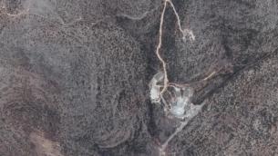 موقع في غربي سوريا يعتقد بأنه يضم منشأة نووية محتملة، في صورة تم التقاطها في 19 يونيو، 2014. (Google Earth)