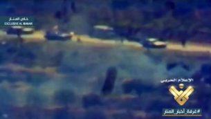 صورة شاشة من فيديو غير واضح بثته قناة المنار الموالية لحزب الله في 28 فبراير 2018، يدعى انه يظهر اغتيال حزب الله للجنرال الإسرائيلي ايريز غيرشتين عام 1999 في جنوب لبنان (Screen capture)