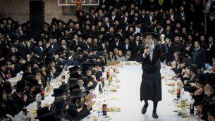 صورة توضيحية لاحتفال يهود متشددين، 1 ديسمبر 2017 (David Cohen/Flash90)