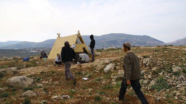 بؤرة روش يوسف غير القانونية، بالقرب من مستوطنة إيتمال في الضفة الغربية في أبريل، 2018. (Shlomo Melet)