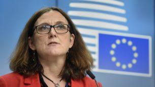 المفوضة الأوروبية للتجارة سيسيليا مالمستروم خلال مؤتمر صحفي في مقر الاتحاد الاوروبي بروكسل، 22 مايو 2018 (JOHN THYS / AFP)