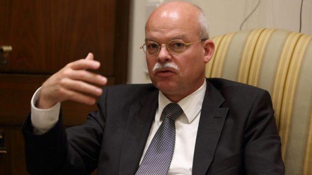 السفير الالماني الى اسرائيل كليمينس فون غوتسي، 17 فبراير 2016 (Yaakov Naumi/FLASH90)