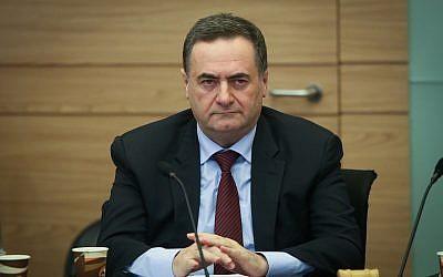 وزير المخابرات والمواصلات يسرائيل كاتس يحضر جلسة للجنة المالية في الكنيست، 26 فبراير، 2018.   (Flash90)