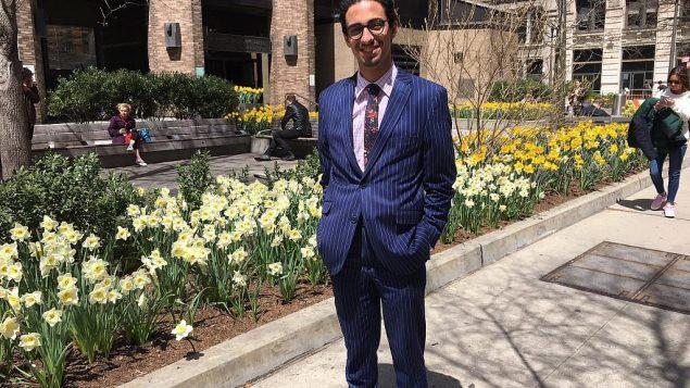 فر وليام مهرفارز، الذي تحول مؤخراً من الإسلام إلى اليهودية، إلى إيران هربا من تهمة الردة. قضية اللجوء الخاصة به معلقة. (Cathryn J. Prince/ Times of Israel)